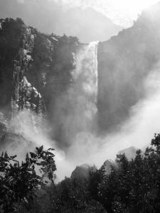 Yosemite - Bridalveil Falls Mist