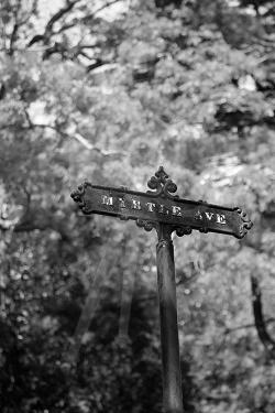 Myrtle Ave Marker - B&W